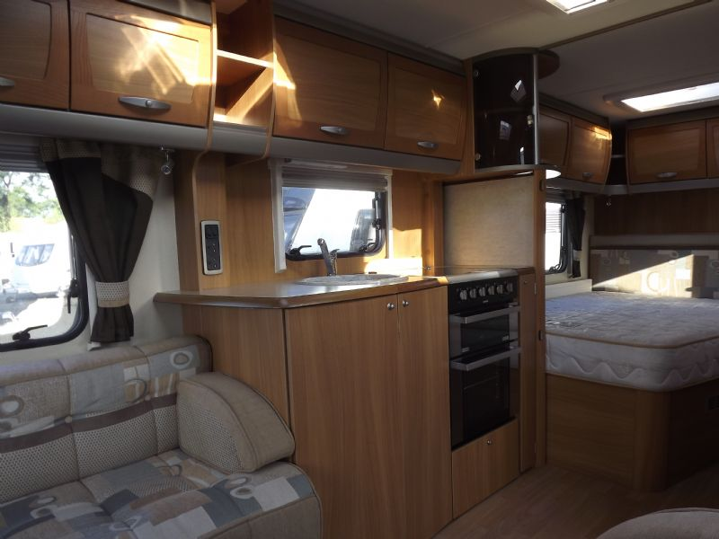 2010 Swift Conqueror 630