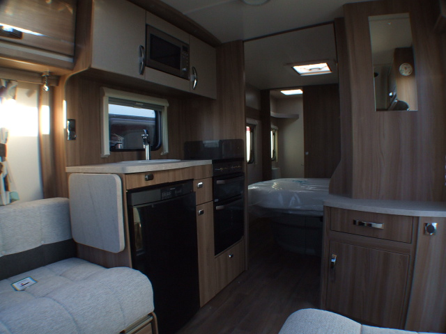 2015 Swift Challenger 580 (4).JPG